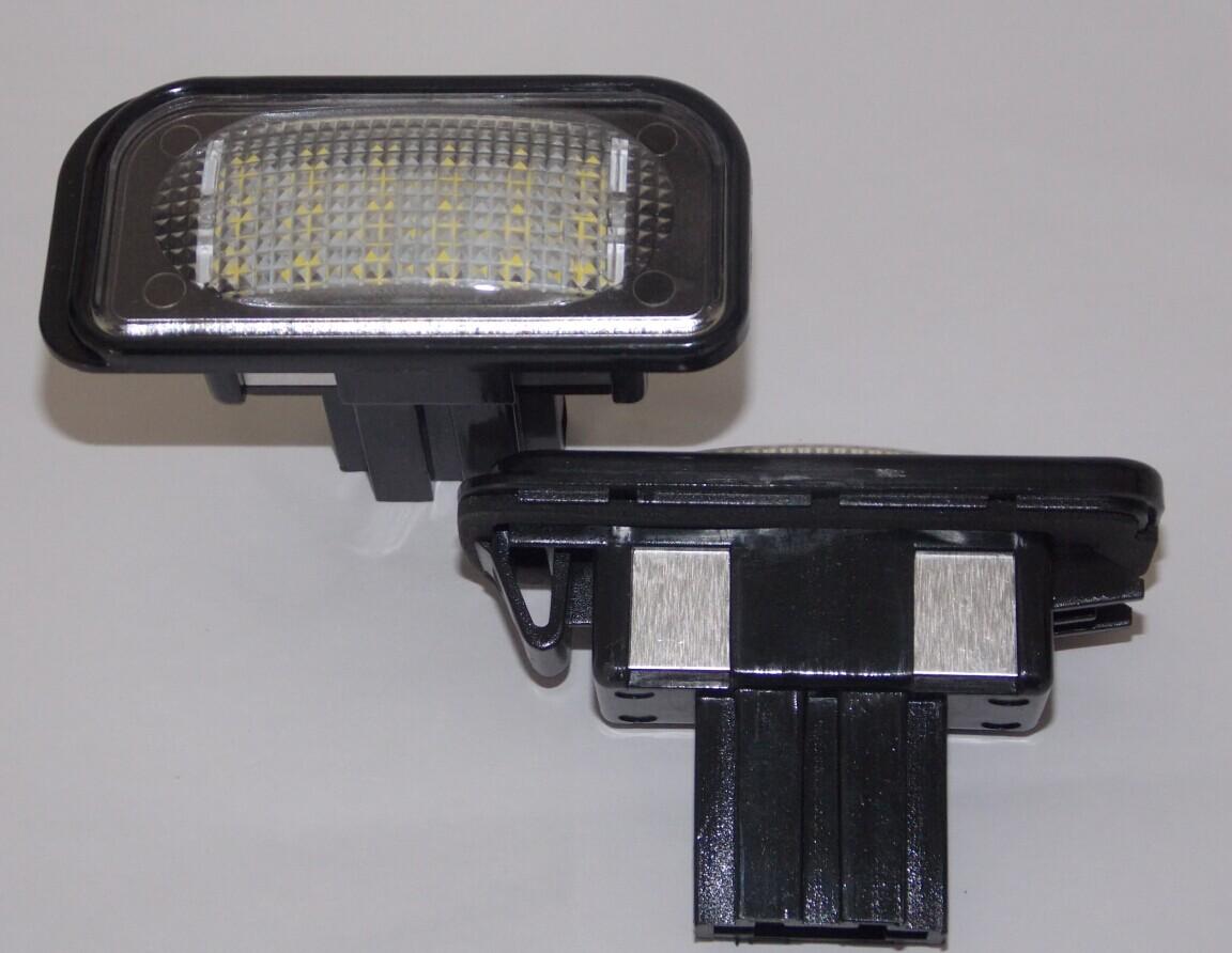 mercedes c klasse w203 limo led kennzeichen beleuchtung. Black Bedroom Furniture Sets. Home Design Ideas